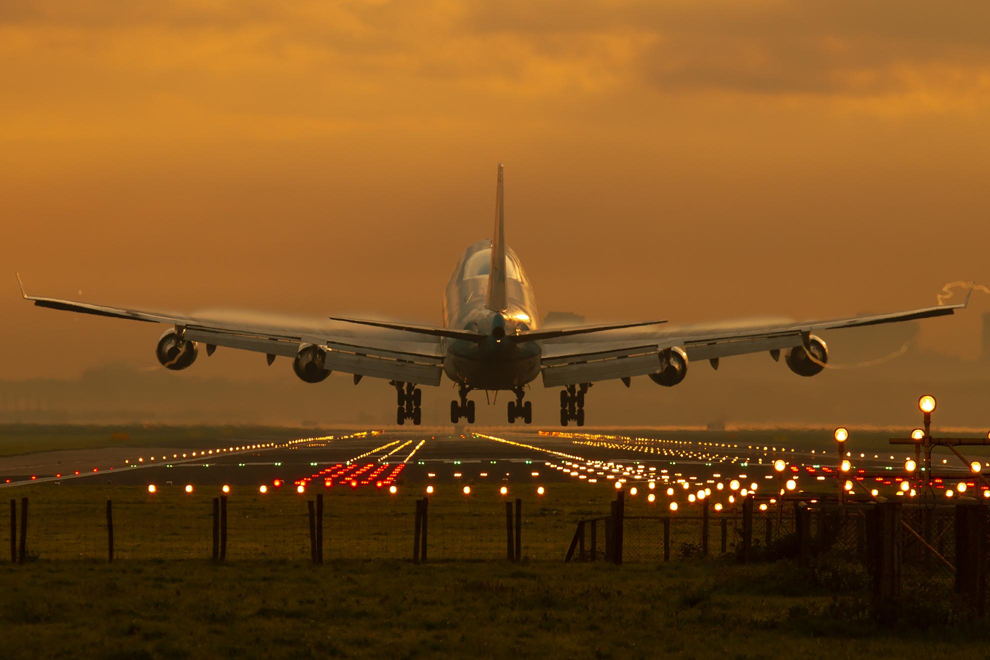 Фото пассажирских самолетов с названиями
